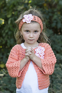 Cascade Yarns Cherub Aran, Cherub Aran Multis and Cherub Aran Wave Free Pattern A290 Flower Friendly Sweater