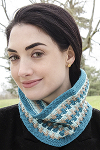 Cascade Yarns® Free 220 Superwash® Sport and 220 Superwash®  Pattern DK568 Kauai Beach Cowl