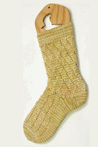 Cascade Yarns Heritage Paints Free Pattern FW133 Golden Socks