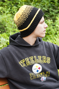 Cascade Yarns - Cascade 220® and Cascade 220® Heather Free Pattern - W252 Pittsburgh Steelers Hat